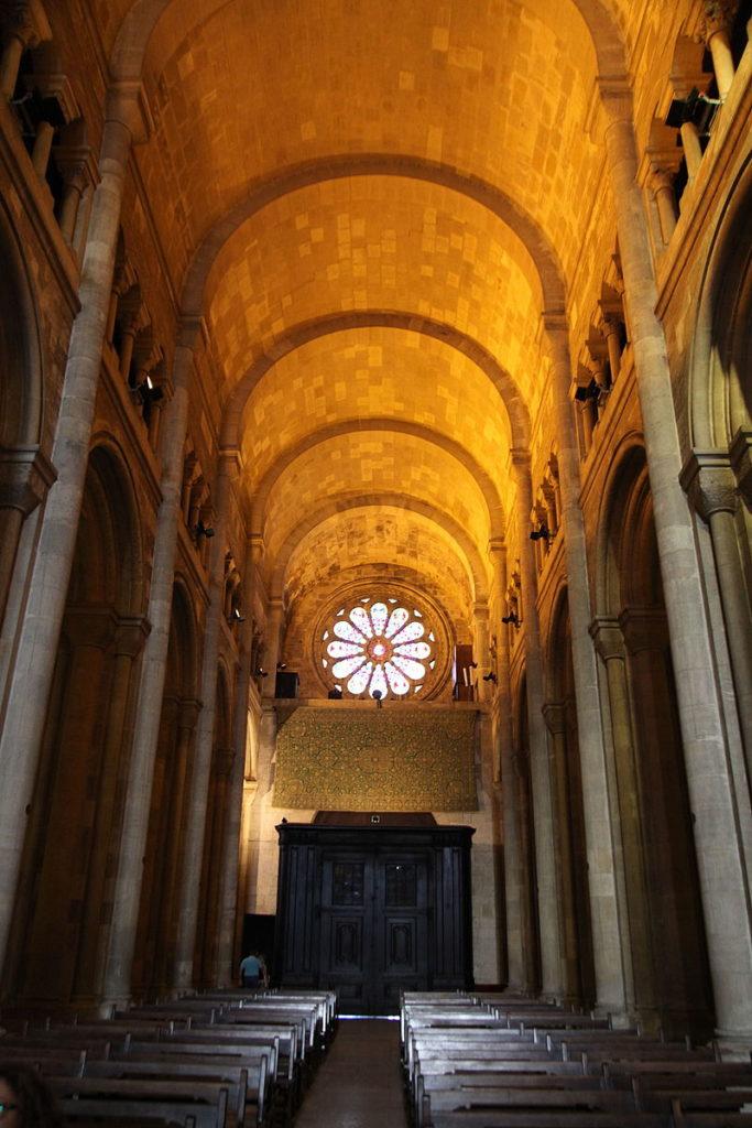 Catedral de Lisboa - Nave Principal com Abóbada