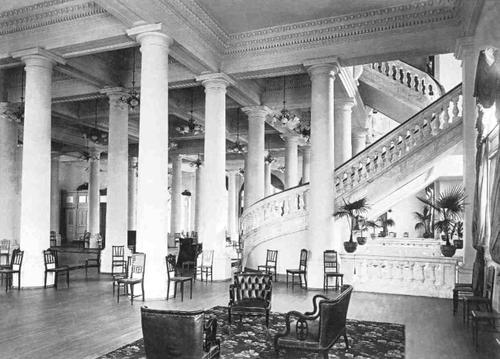 Interior do Palácio Monroe - Foto de Torres - Acervo de George Ermakoff - 1