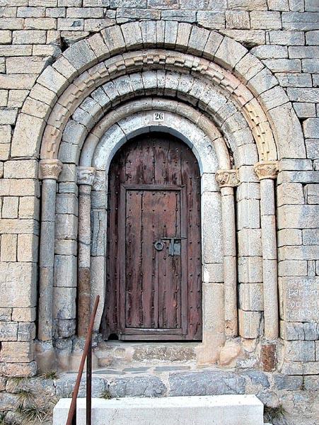 Porta da Igreja de Santa Maria - Catalunia - Espanha