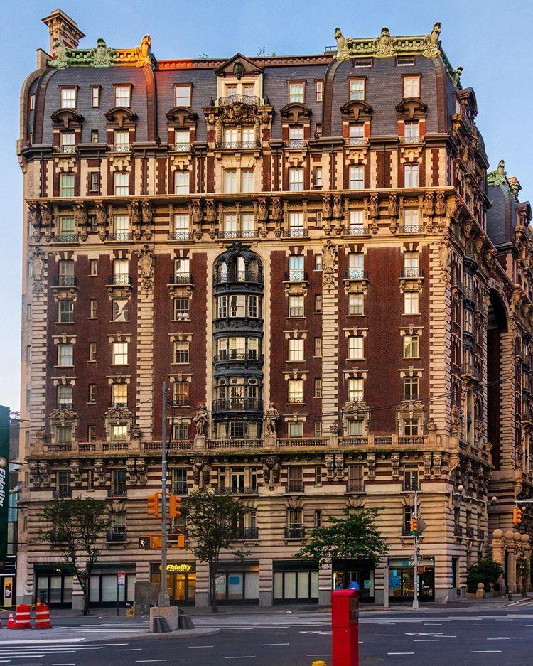 Dorilton Apartments 1902 - 71th com a Broadway